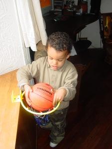 Ares gioca con la palla